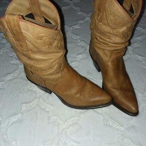 Vintage capezio slouch boots